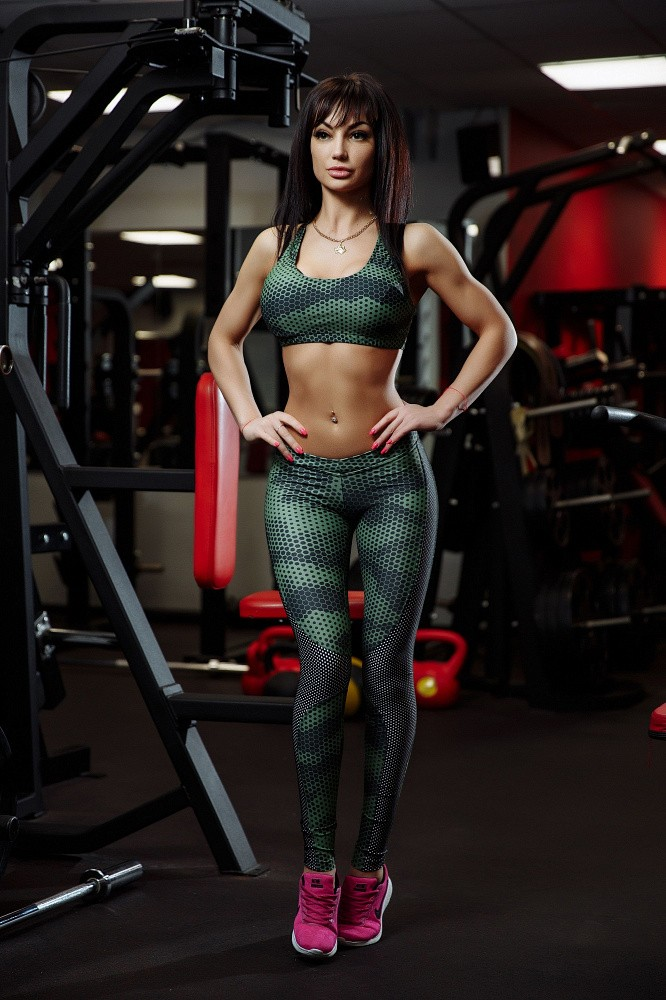 "Bona Fide: MuscleTop ""Green Grid"" 1"
